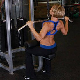 girl lat pulldown